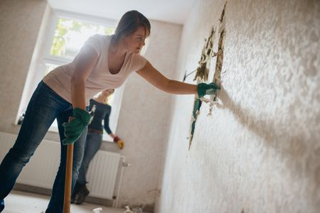 Safe Demolition Practices for Home Renovation